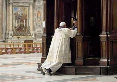 Franciszek się spowiada