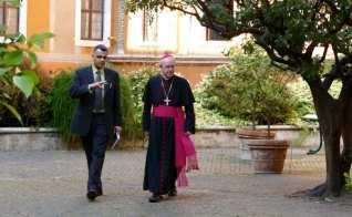 Bishop_Schneider_and_Westen_May_2016__Rome_810_500_55_s_c1